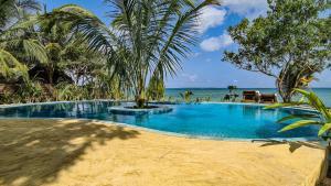 zanzibar-beach-bungalow-zanzibar-love-shack-pool